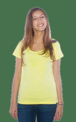 Camiseta_FemininaTinturada_Yellow_Frente